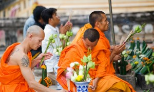 Phchoum Ben à la pagode
